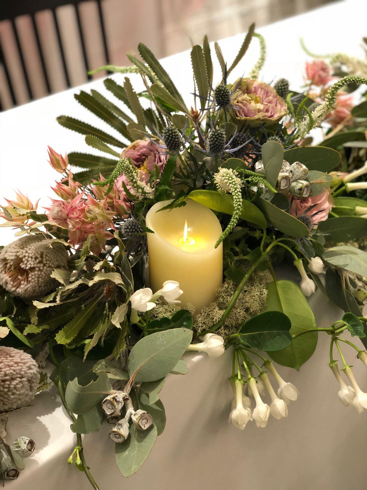 59ebc0a9f5712 2018年夏様々なお花、植物の仕事をさせていただきましたアテです。 つづいては、ブライダル事業の撮影用の装飾としてお納めしてきた多肉植物などをつかった  ...
